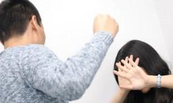 Признаки мужчины тирана в отношениях — стоит ли терпеть?